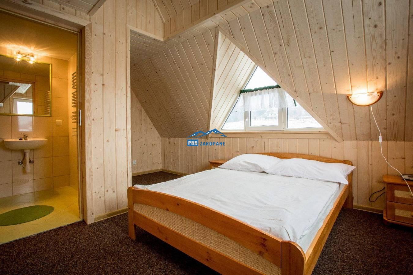 Willa IZYDOR komfortowe pokoje